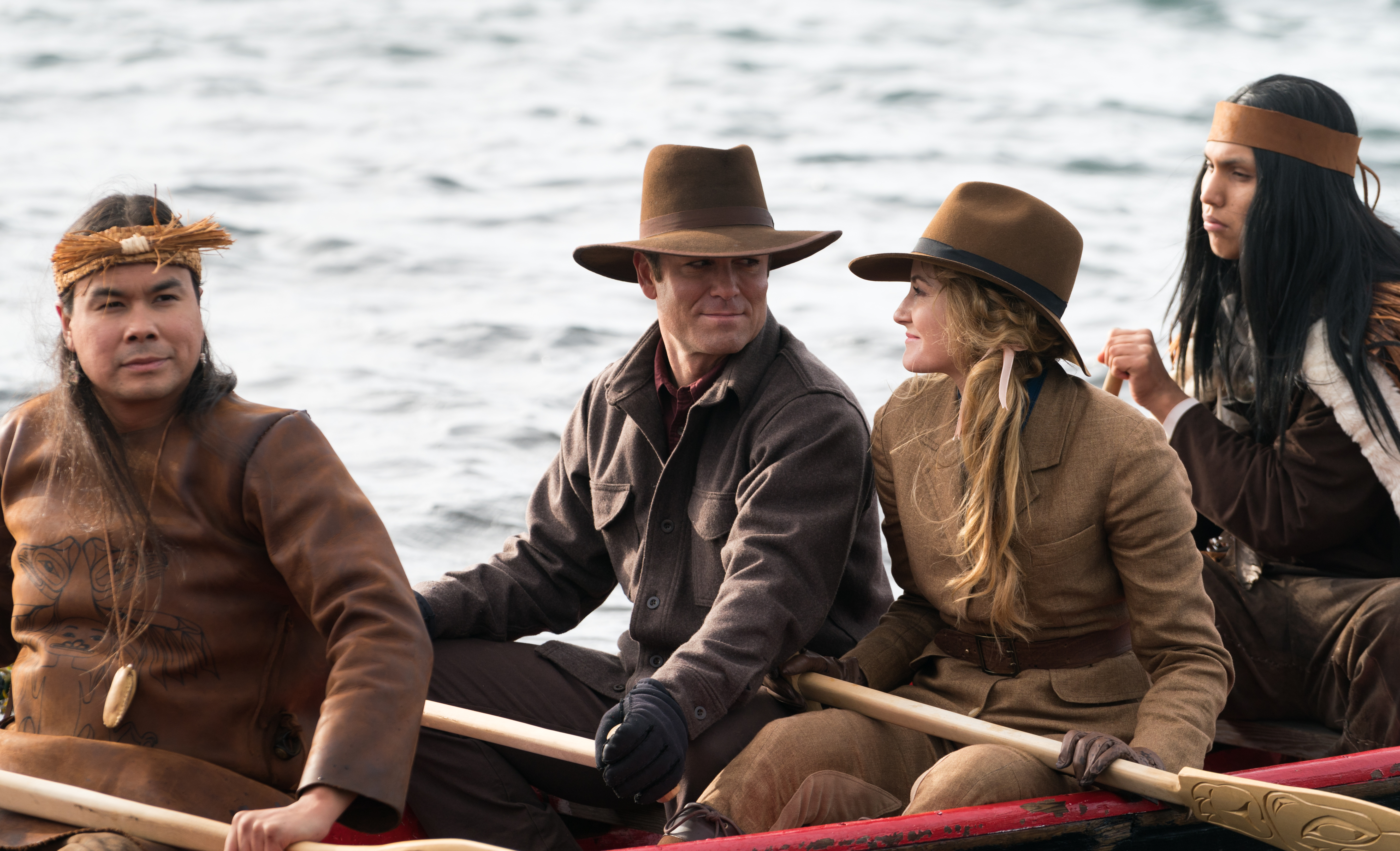 Yannick Bisson and Helene Joy in Murdoch Mysteries (2008)