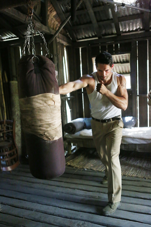 Scott Adkins in Savage Dog (2017)