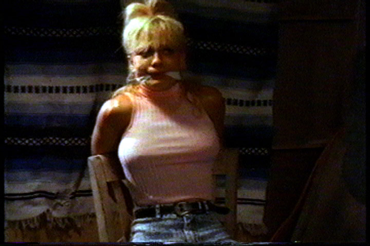 Linnea Quigley in Deadly Embrace (1989)