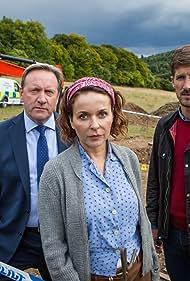 Neil Dudgeon, Julia Sawalha, and Gwilym Lee in Midsomer Murders (1997)