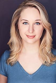 Allison Siko Picture