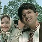 Natalya Naum and Anatoli Yurchenko in Za dvoma zaytsiamy (1961)