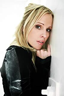 Emma Caulfield Ford Picture