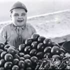 Joe Cobb in High Society (1924)