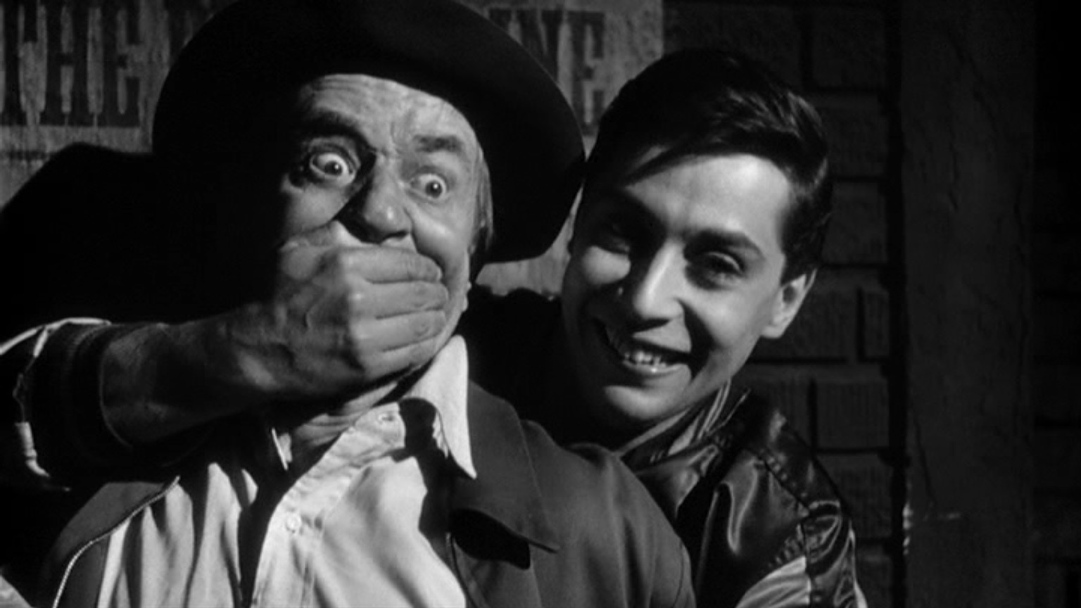 Malcolm Atterbury and Mark Rydell in Crime in the Streets (1956)
