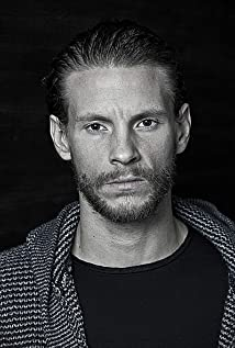 Sebastian Fabijanski Picture