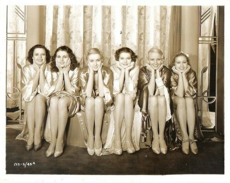 Lynn Browning, Dorothy Compton, Mary Cooper, Muriel Evans, Harriet Matthews, Gale Ronn, and Gwen Zetter in Sinners in the Sun (1932)