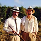 Leo Wiznitzer and Henry Twohy in Historias del canal (2014)