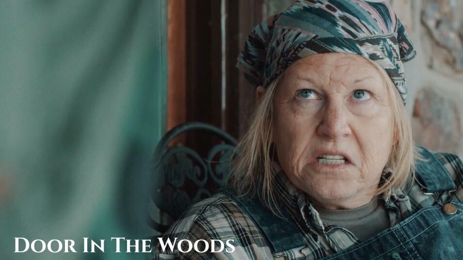 Door in the Woods (2019) Online Subtitrat in Romana