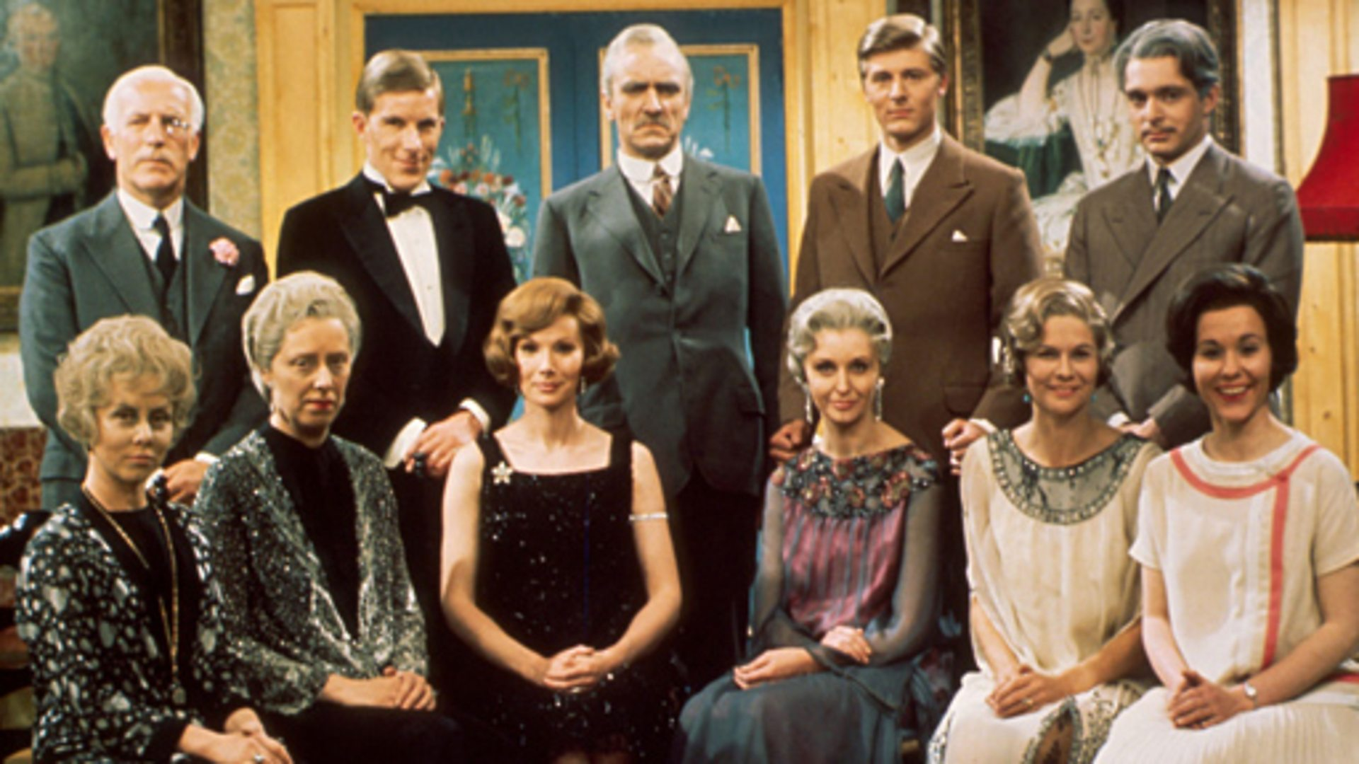Susan Hampshire, Martin Jarvis, Cyril Luckham, Eric Porter, Nyree Dawn Porter, and Margaret Tyzack in The Forsyte Saga (1967)
