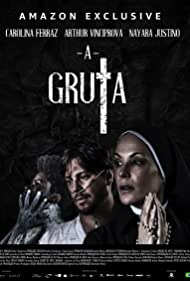 Carolina Ferraz, Arthur Vinciprova, and Nayara Justino in A Gruta (2020)