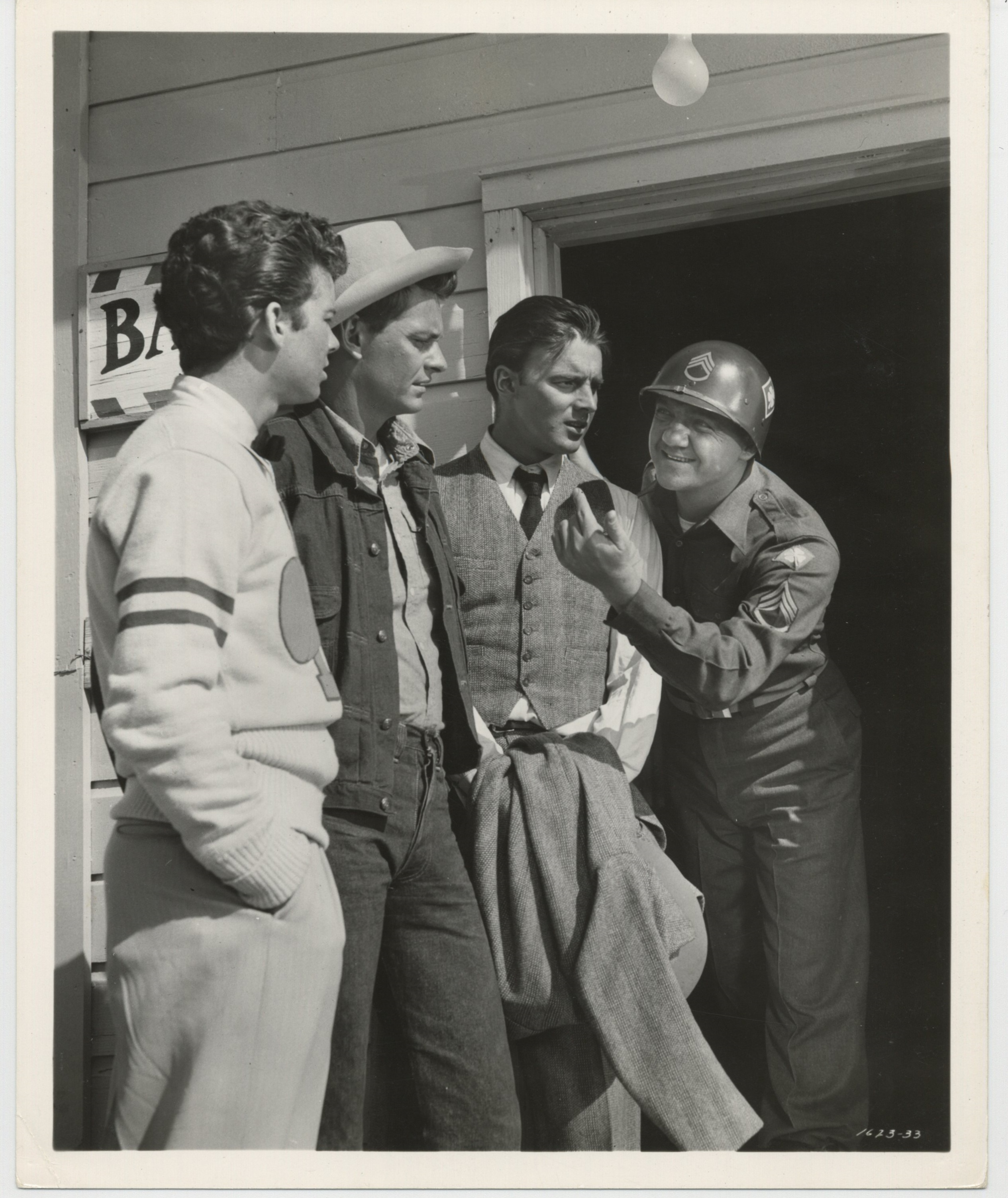Karl Malden, Carleton Carpenter, Jerome Courtland, and Russ Tamblyn in Take the High Ground! (1953)