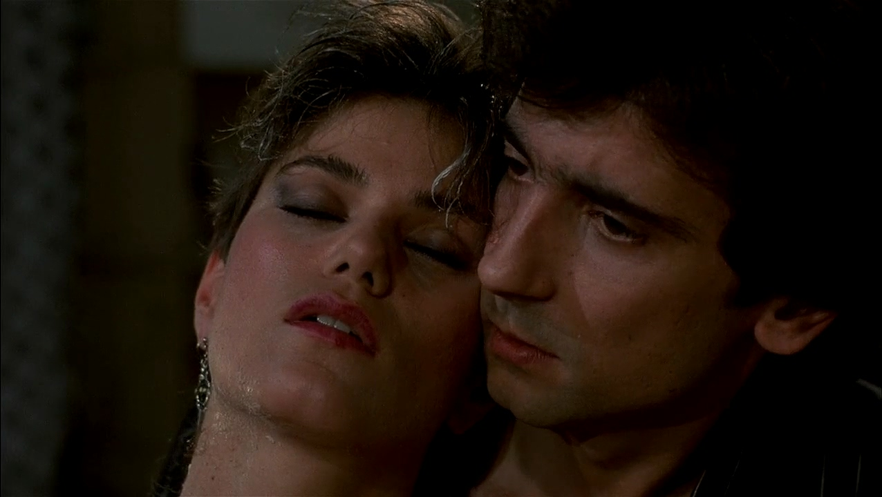 Linda Fiorentino and Griffin Dunne in After Hours (1985)