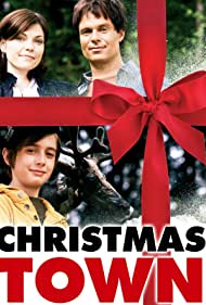 Patrick Muldoon, Nicole de Boer, and Gig Morton in Christmas Town (2008)