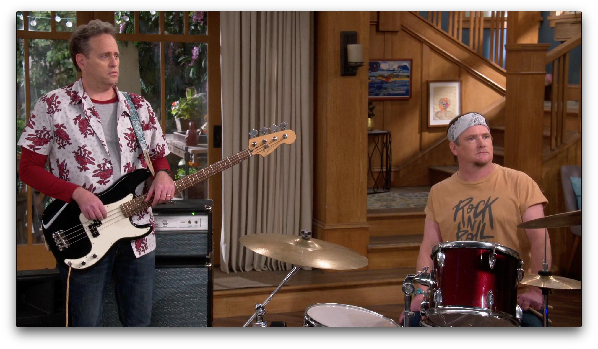 "Matt Kaminsky and William Lee Scott - THE NEIGHBORHOOD ""Welcome to the Dad Band"""