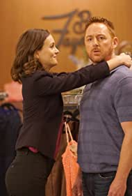 Scott Grimes and Leighton Meester in The Orville (2017)