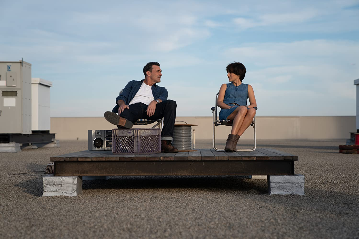 Natalie Portman and Jon Hamm in Lucy in the Sky (2019)