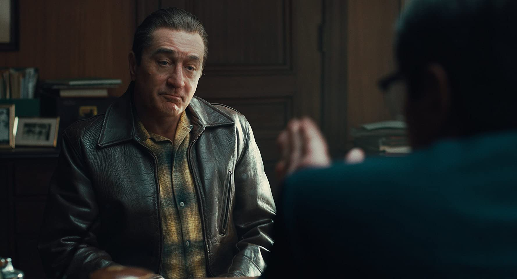 Robert De Niro and Ray Romano in The Irishman (2019)