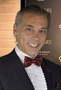Karlos Granada Picture
