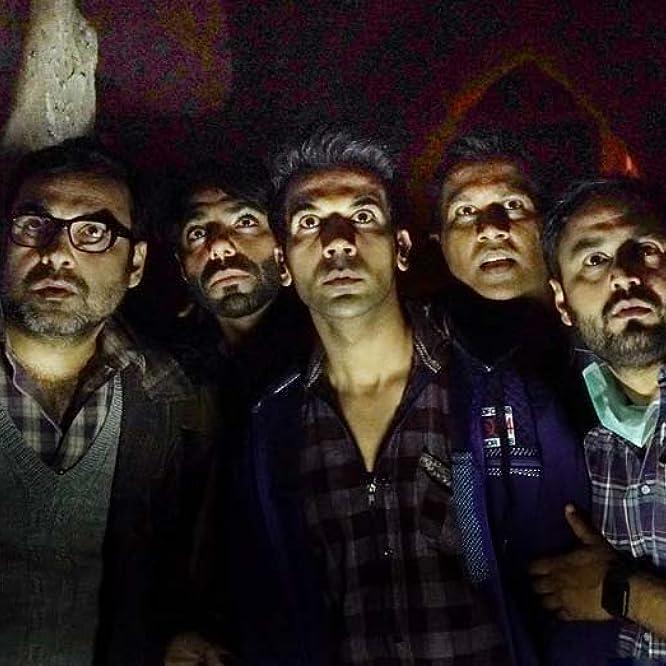 Vijay Raaz, Pankaj Tripathi, Rajkummar Rao, Abhishek Banerjee, and Aparshakti Khurana in Stree (2018)
