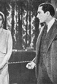 Léon Bary and Marcelle Chantal in Le secret du docteur (1930)