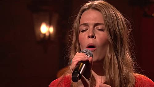 """Maggie Rogers Performs Fallingwater on """"SNL"""""""
