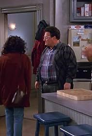 Julia Louis-Dreyfus, Jerry Seinfeld, Wayne Knight, and Michael Richards in Seinfeld (1989)