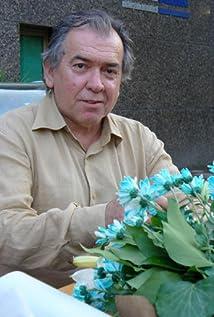Erden Kiral Picture