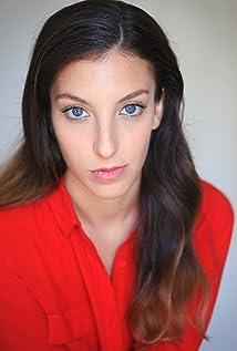 Maya Bachowski Picture