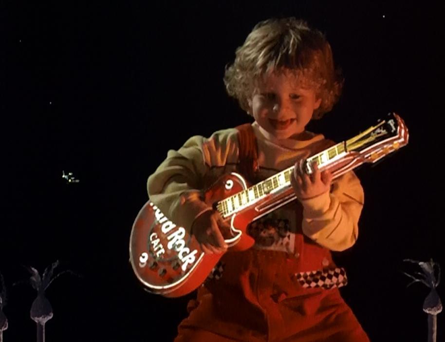 Daniel Shalikar and Joshua Shalikar in Honey, I Blew Up the Kid (1992)