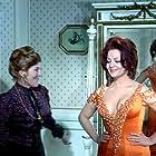 Sara Montiel and Elsa Zabala in Esa mujer (1969)