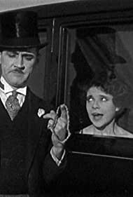 Charley Chase and Viola Richard in Limousine Love (1928)