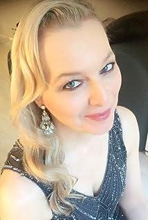 Karen Krizanovich Picture