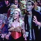 Stephanie Faracy and Charles Rocket in Hocus Pocus (1993)