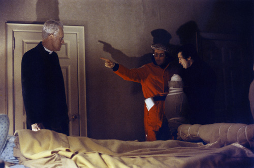 Linda Blair, William Friedkin, Max von Sydow, and Jason Miller in The Exorcist (1973)