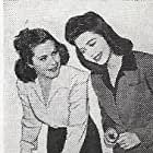 Ann Miller and Jean Ruth in Reveille with Beverly (1943)