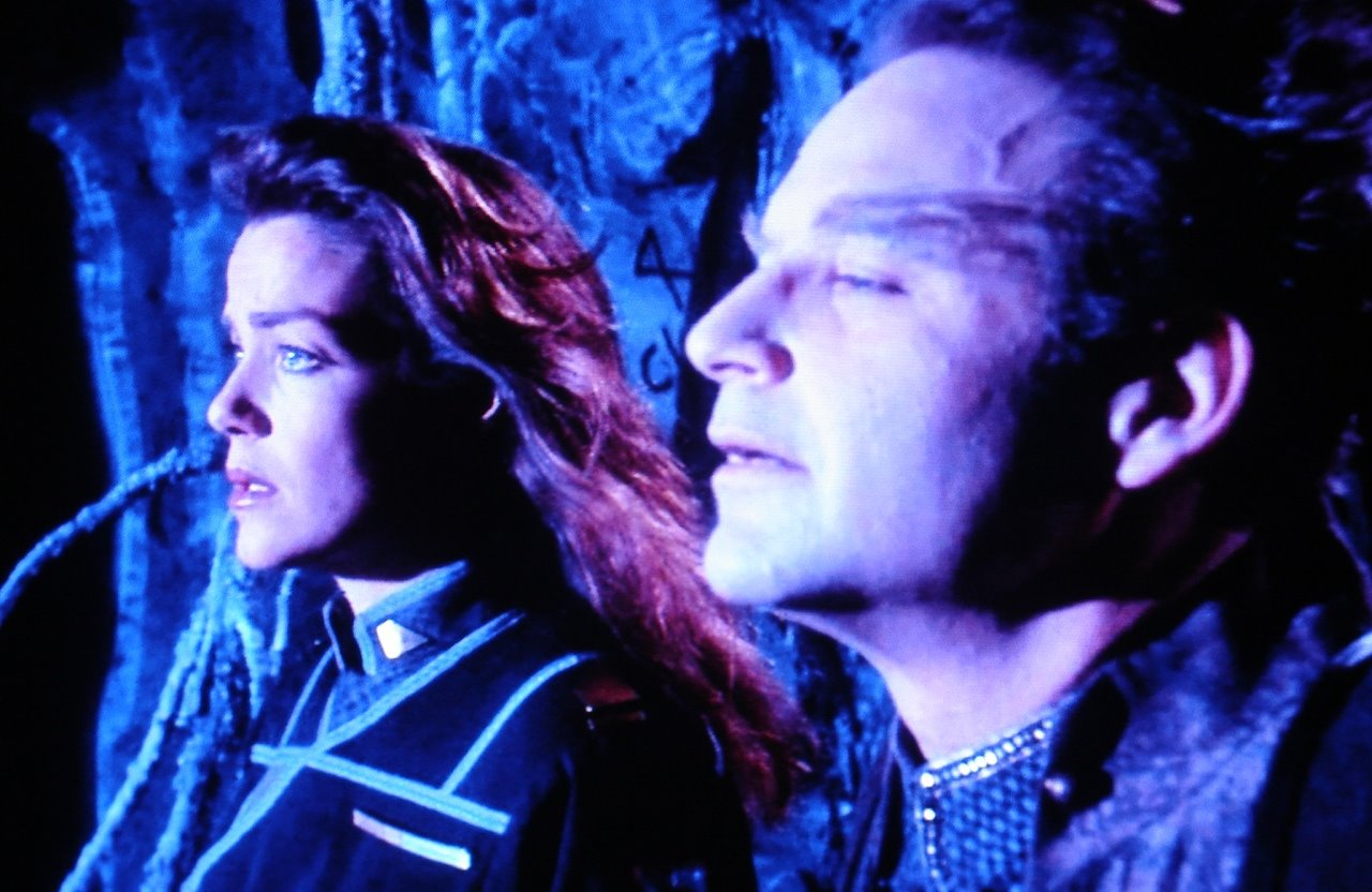 Claudia Christian and Stephen Furst in Babylon 5: Thirdspace (1998)