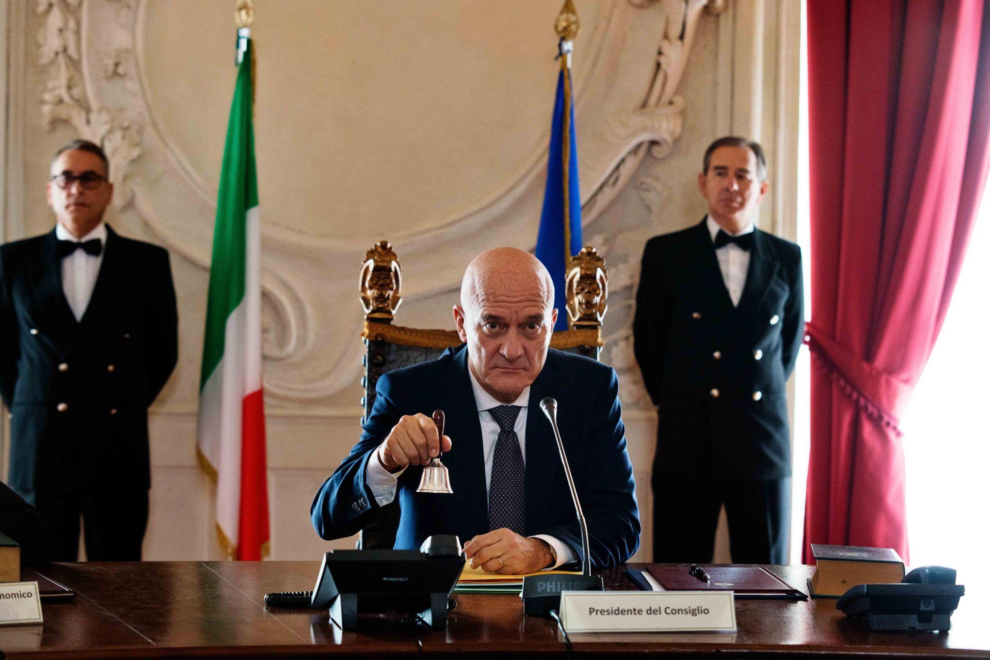 Claudio Bisio in Bentornato presidente (2019)