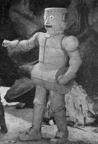 Floyd Buckley in The Master Mystery (1918)