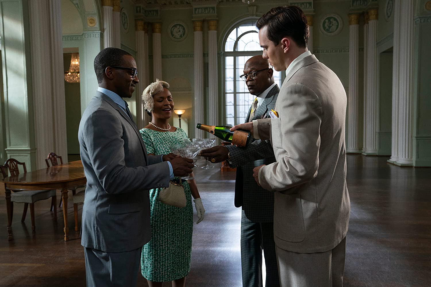 Samuel L. Jackson, Nia Long, Nicholas Hoult, and Anthony Mackie in The Banker (2020)