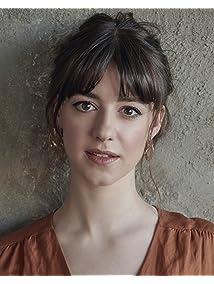 Daisy Edgar-Jones