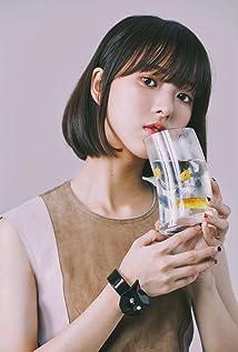 Chloe Xiang Picture