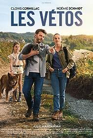 Clovis Cornillac and Noémie Schmidt in Les vétos (2019)