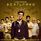 Ashish Vidyarthi, Ranvir Shorey, Sunil Grover, Girish Kulkarni, and Mukul Chadda in Sunflower (2021)
