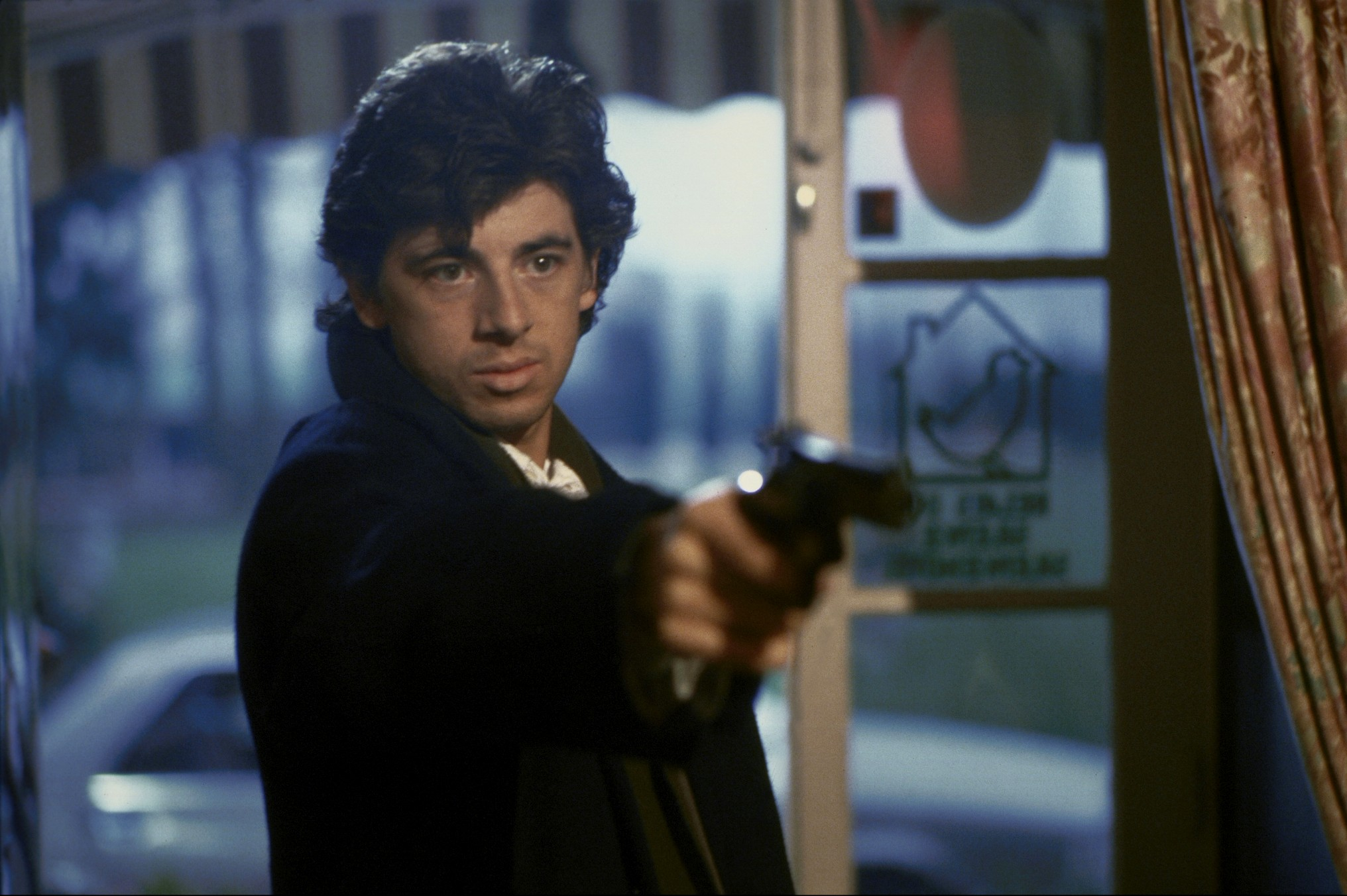 Patrick Bruel in Attention bandits! (1986)