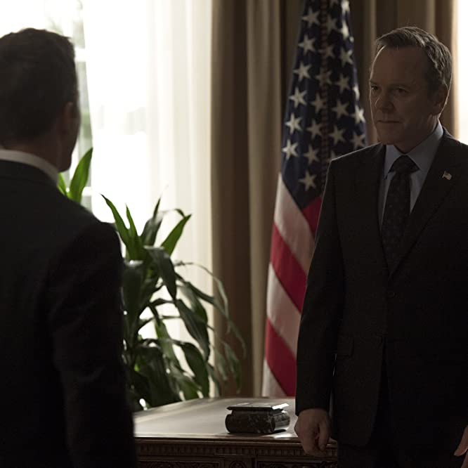 Kiefer Sutherland and Breckin Meyer in Designated Survivor (2016)