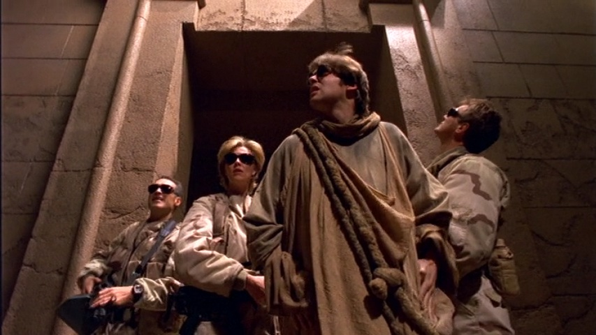 Richard Dean Anderson, Jay Acovone, Michael Shanks, and Amanda Tapping in Stargate SG-1 (1997)