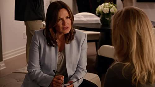 Law & Order: Special Victims Unit: Benson And Fin Interview Victims