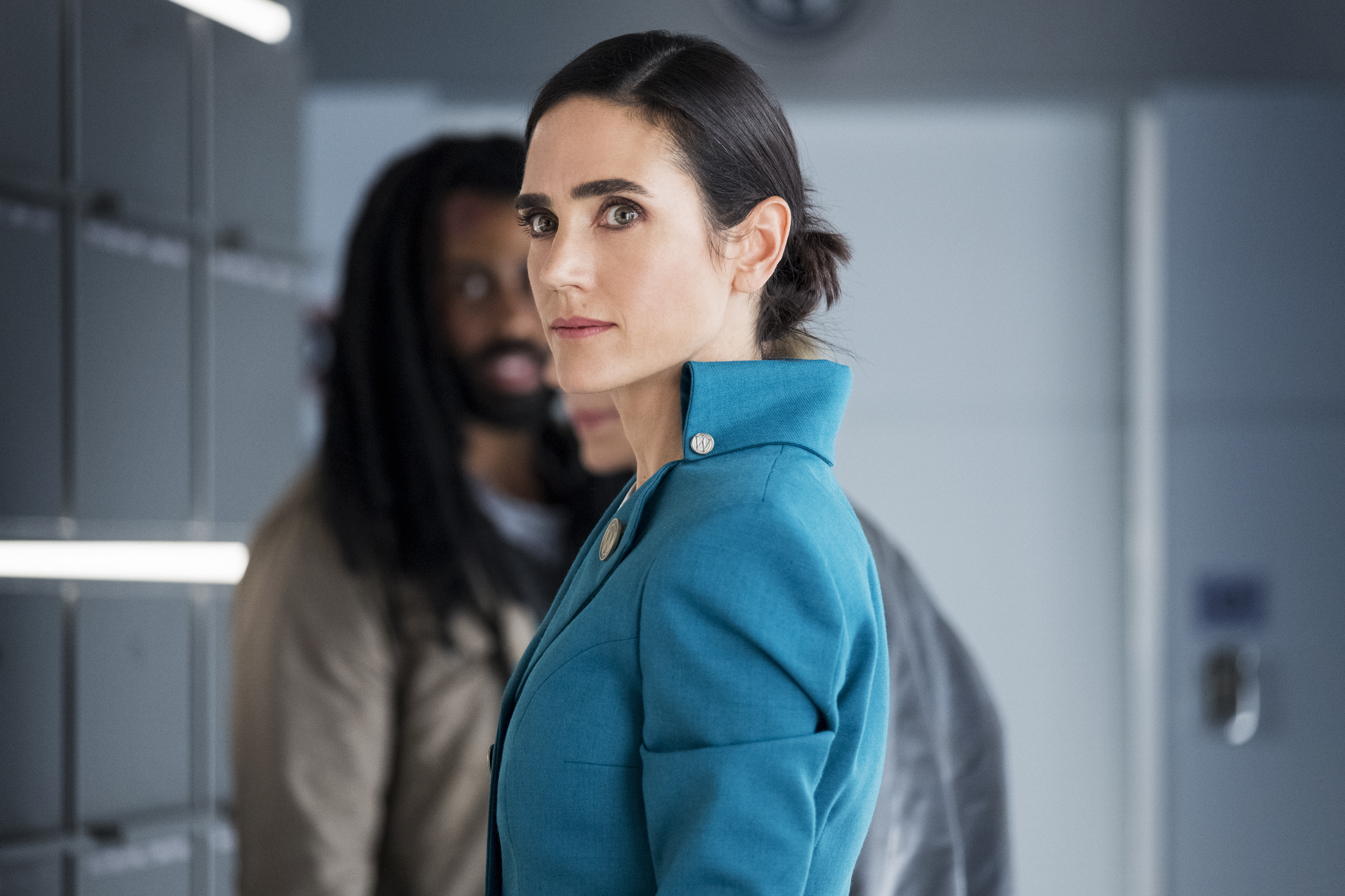 Jennifer Connelly and Daveed Diggs in Snowpiercer (2020)