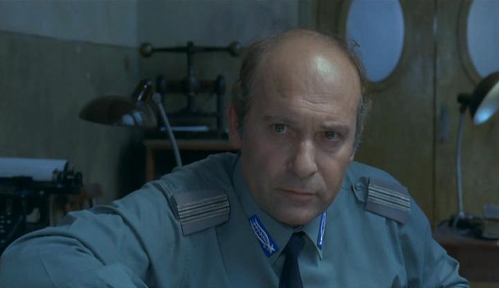 Turi Ferro in L'istruttoria è chiusa: dimentichi (1971)
